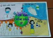 Học sinh Trường THCS Phù Đổng vẽ tranh tuyên truyền về phòng, chóng dịch bệnh Covid 19